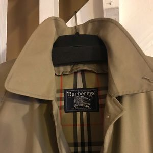 Burberry Men's Trench Coat ( No Lining )